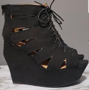 Qupid black cut heel